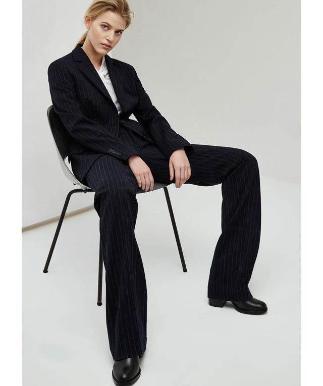 Looks de oficina MUJER - Pantalón Tailored de rayas -  color negro - Moda AD mujer - Adolfo Dominguez Online
