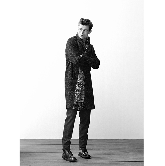 Long coat for men and winter accessories  - Fall Winter Looks - AD MAN - Adolfo Dominguez
